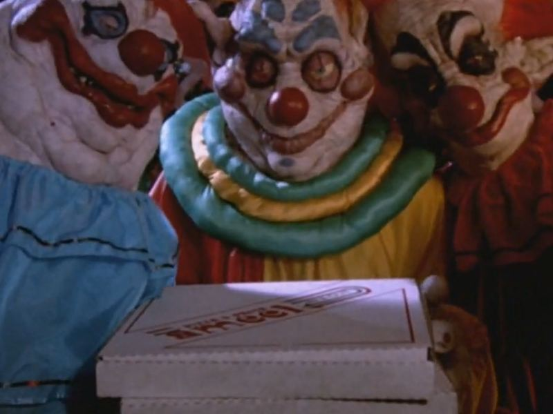 Klowns deliver pizza