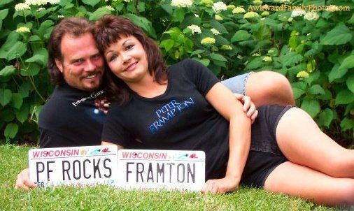 A couple that really likes Peter Frampton