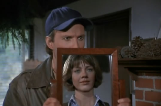 Murdock holds a mirror up for Dr. Kelly