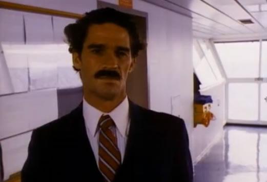 Thug looks a lot like Borat