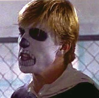 Skeleton Johnny, ready to sweep the leg