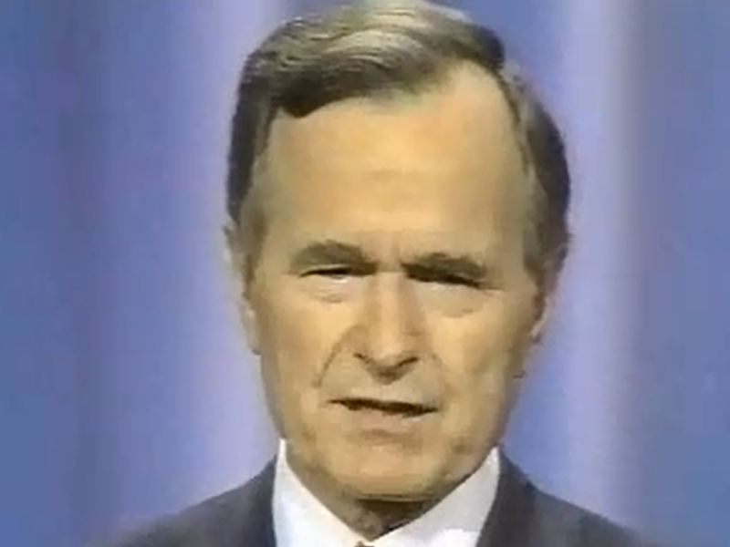 "George Bush says ""read my lips"""
