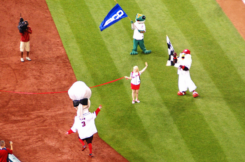 Thomas Jefferson wins the Presidents Race at Nationals Ballpark.