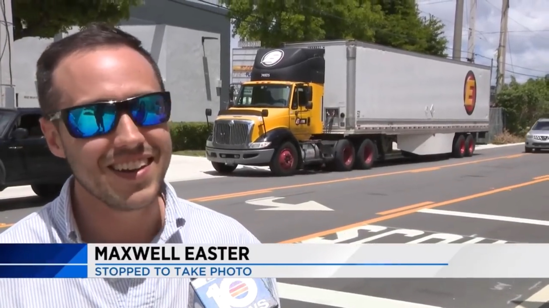Maxwell Easter: Stopped To Take Photo
