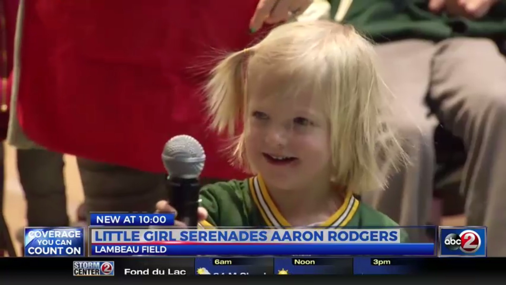 Little Girl Serenades Aaron Rodgers
