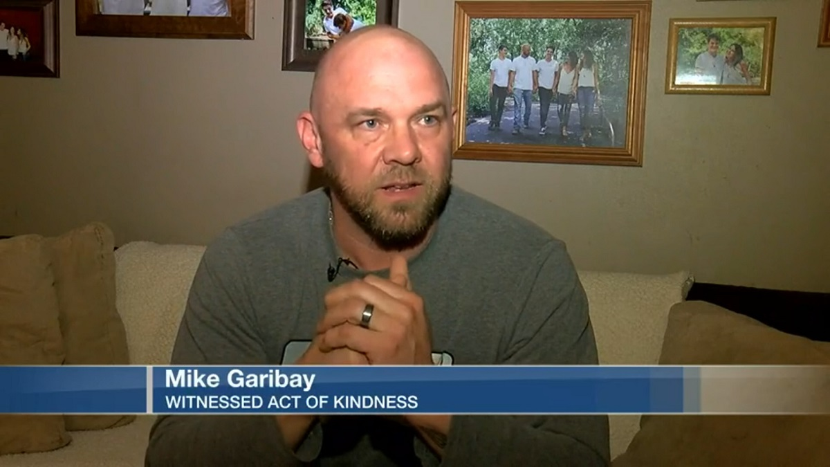 Mike Garibay: Witnessed Act Of Kindness