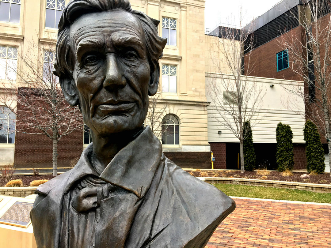 Abraham Lincoln bust in Rockford, IL