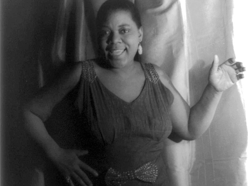 Portrait of Bessie Smith by Van Vechten, Carl, 1880-1964, photographer. - American Memory from the Library of Congress, Public Domain, https://commons.wikimedia.org/w/index.php?curid=417457