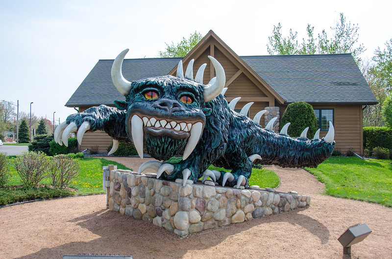 Hodag statue (photo by Marc Buehler via Flickr/Creative Commons https://flic.kr/p/otjDnf)