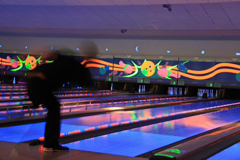 Bowling (photo by Fimb via Flickr/Creative Commons https://flic.kr/p/2rkbw1)