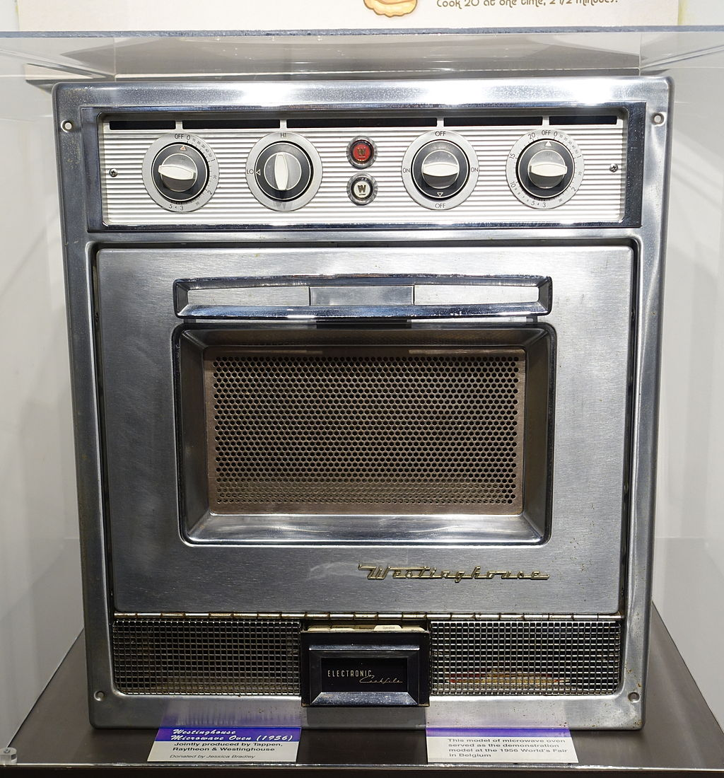 Westinghouse Microwave Oven, 1956. (Photo by Daderot, CC0, via Wikimedia Commons)