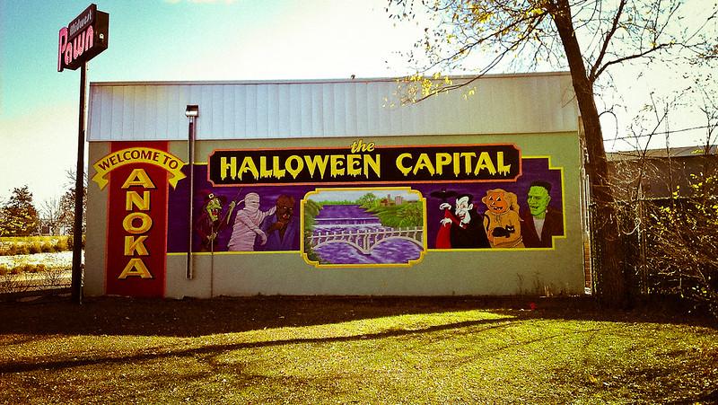 "Mural proclaiming Anoka ""Halloween Capital of the World"" (photo by Brett Whaley via Flickr/Creative Commons https://flic.kr/p/dpjnat)"