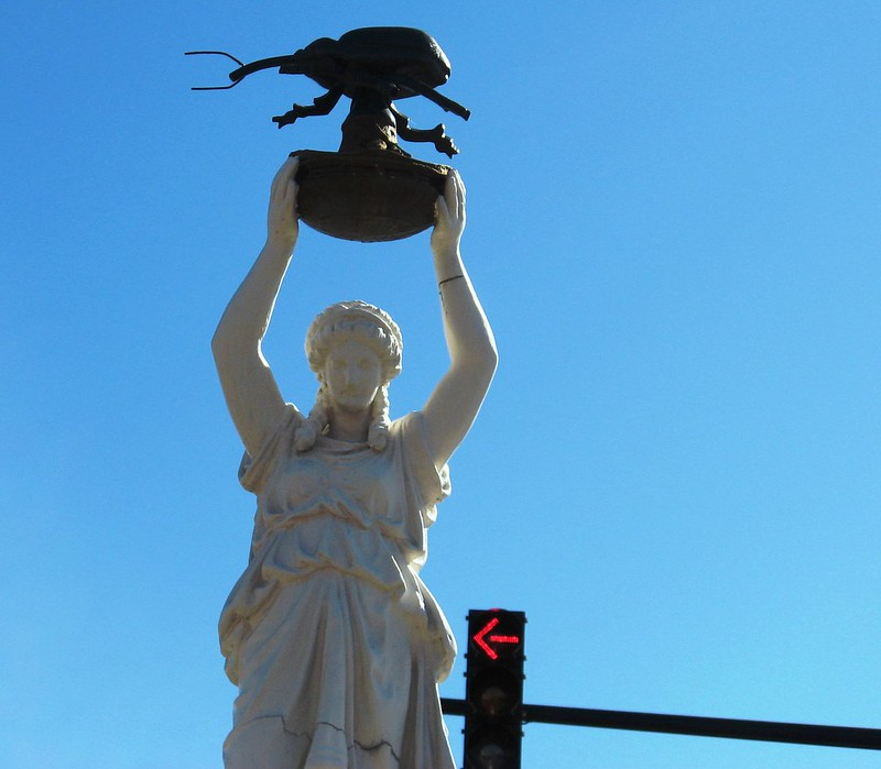 Boll weevil statue. (Photo by Linda via Flickr/Creative Commons https://flic.kr/p/J3LDo)