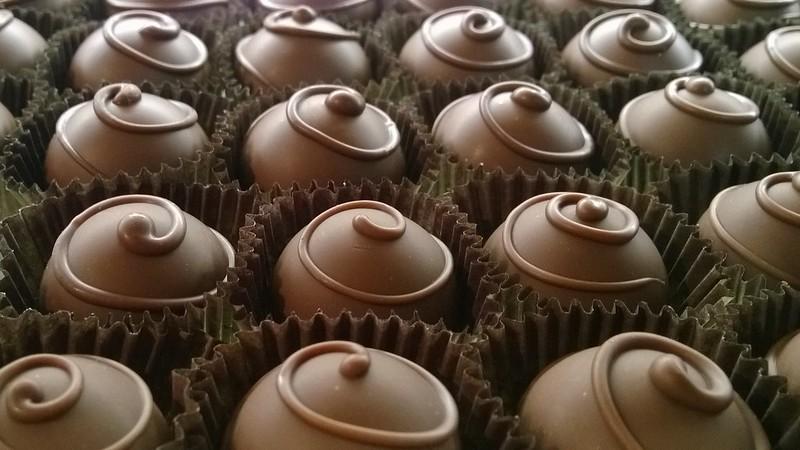 Chocolates (photo by LogitudeLatitude via Flickr/Creative Commons https://flic.kr/p/kaLirJ)