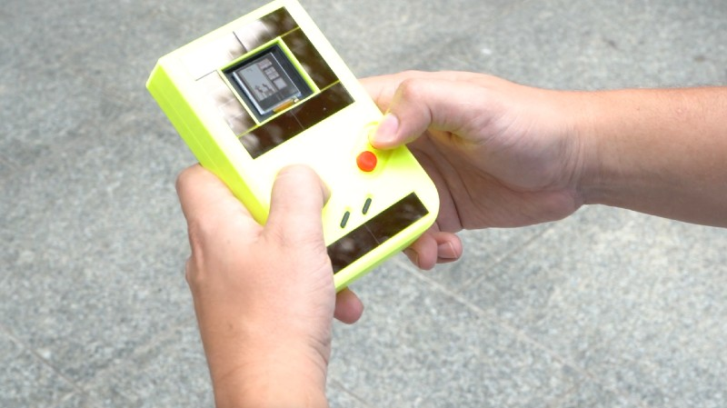 New battery-free variant on the Game Boy. (Photo via Northwestern University)