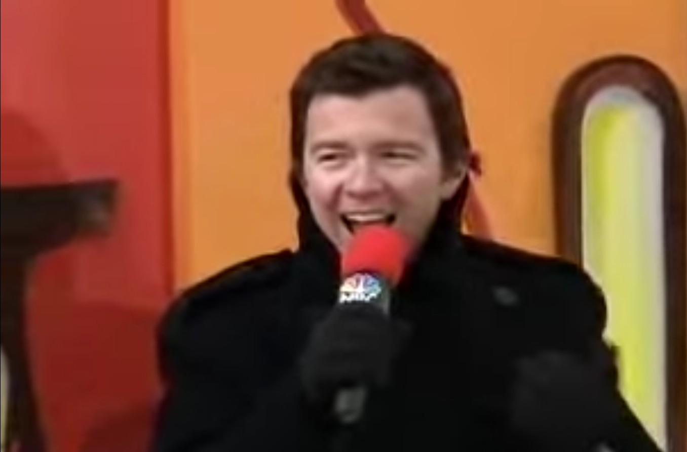 Rick Astley Rickrolls the Thanksgiving Day parade
