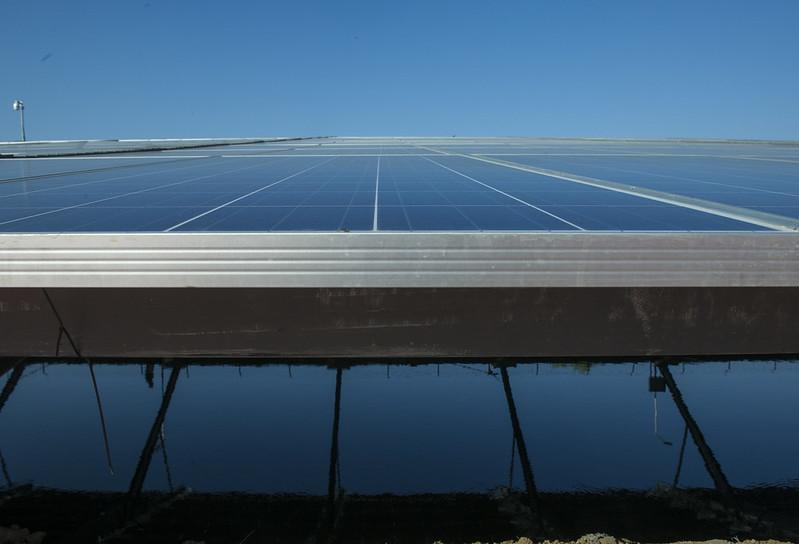 Canal Top Solar Power Plant, in Gujarat, India. (UN Photo/Mark Garten via Flickr/Creative Commons https://flic.kr/p/s7eLZK)